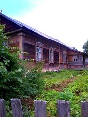 Продам дом под дачу с участком 30 соток в 30 км. от г.Калуги .